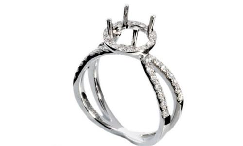接着我们一起了解下钻石戒托选择什么材质的好?